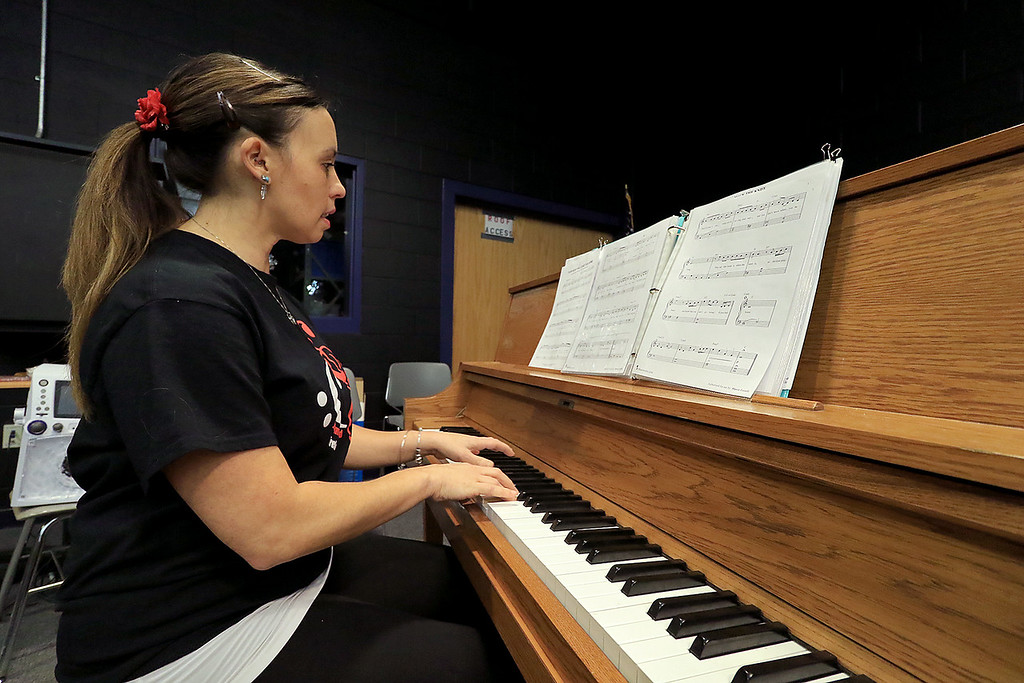 . The Johnny Appleseed treblemakers perform during the Winter Fest at Sky View Middle School on Saturday, January 26, 2019. Music Teacher Marcie Lehtonen plays the piano for the group during their performance. SENTINEL & ENTERPRISE/JOHN LOVE