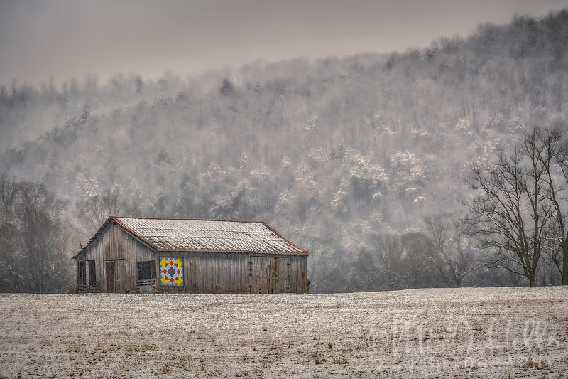A Snowy Townsend Quilt Barn