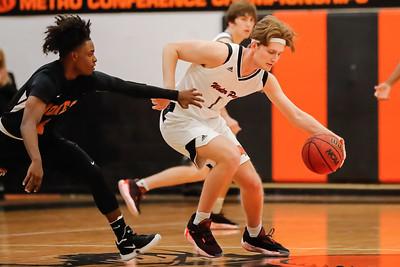 High School Basketball: Winter Park host Jones