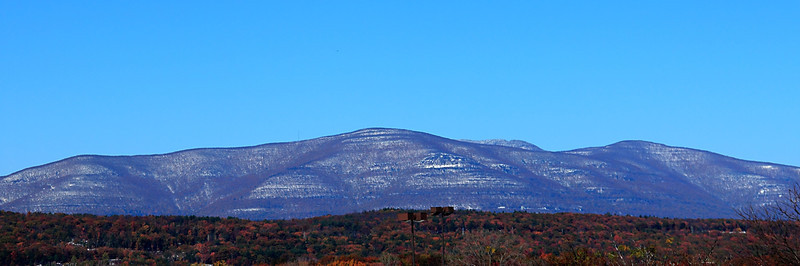 Catskill mountains after October snow storm.