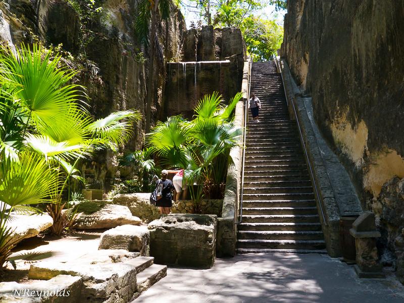 Bahamas Queens Staircase