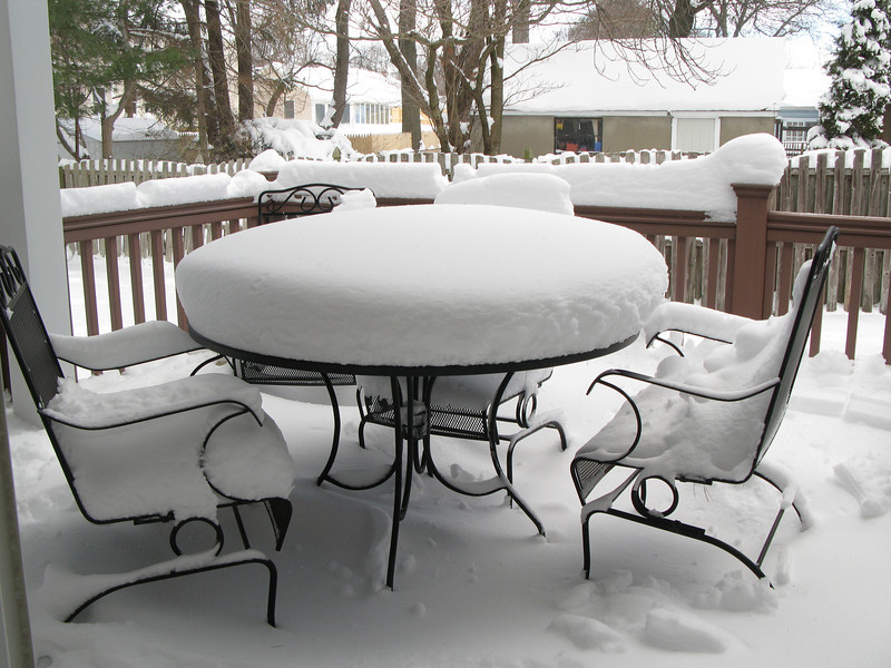 Picnic table on the deck