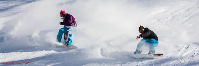 Synchronised Snowboarding