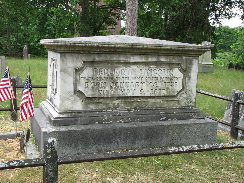 Grave of Benjamin Lincoln