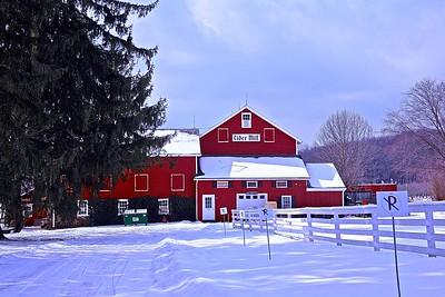 Hacklebarney Farms Cider Mill in Chester, NJ