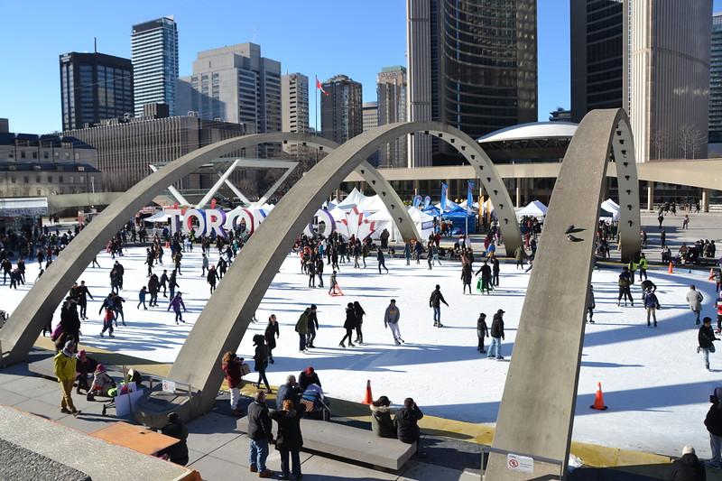 Toronto - Nathan Philips Square