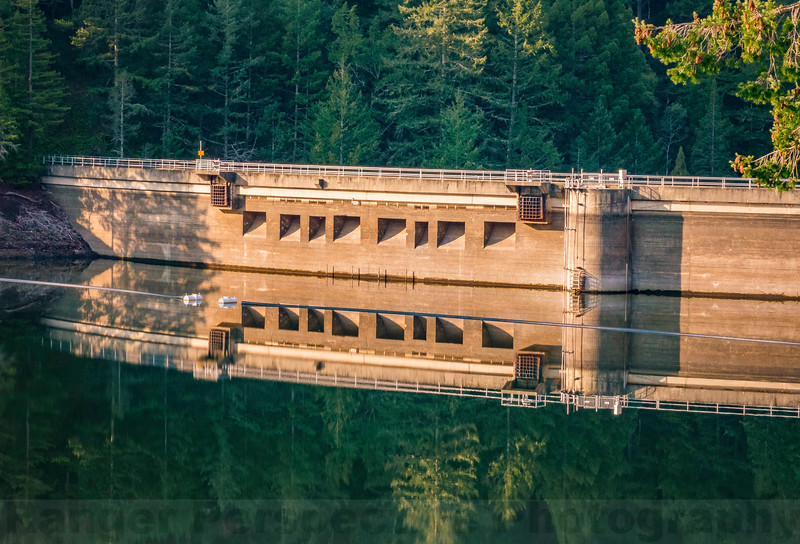 Alpine Dam: Morning Reflection