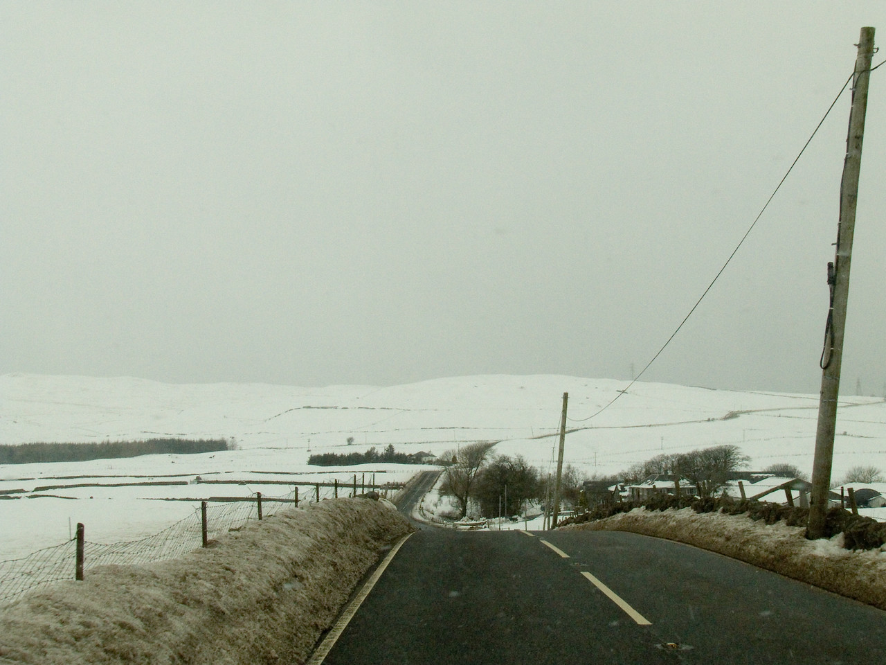 Approaching Auchenfoil Farm on the B788 between Greenock and Kilmacolm