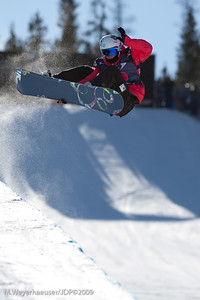 Juliane Bray (NZE) riding in Ladie's Halfpipe Qualifications at the 2009 US Grand Prix at Copper Mtn, Colorado USA.