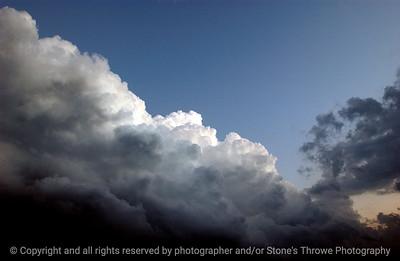 015-storm_cloud-dsm-12nov05-c1-8812