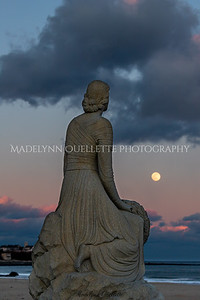Lady of the Sea Gazing at the Snow Moon3
