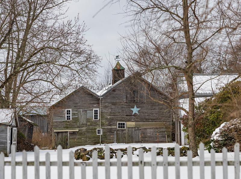 Blue Star Barn in snow,NJ_12-18-20_9672©DonnaLovelyPhotos com