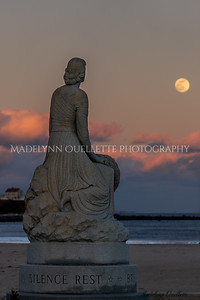 Lady of the Sea Gazing at the Snow Moon 2