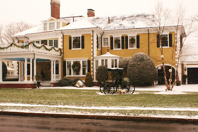 An Old House With an Old Ride: Here's an old house around the corner from mine which, I feel, exemplifies Christmas in New England