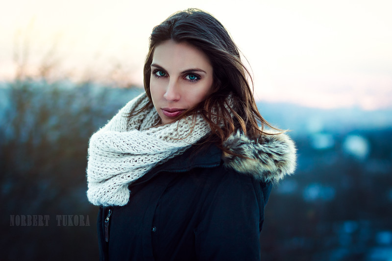 Mirci - Winter Natural Light