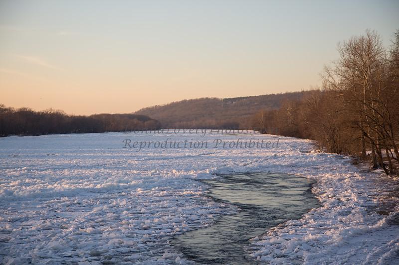 Ice in Delaware R 1-14©DonnaLovelyPhotos com-3805