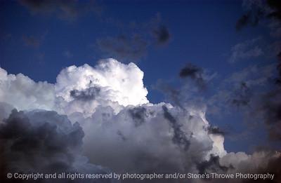 015-storm_cloud-dsm-12nov05-8814