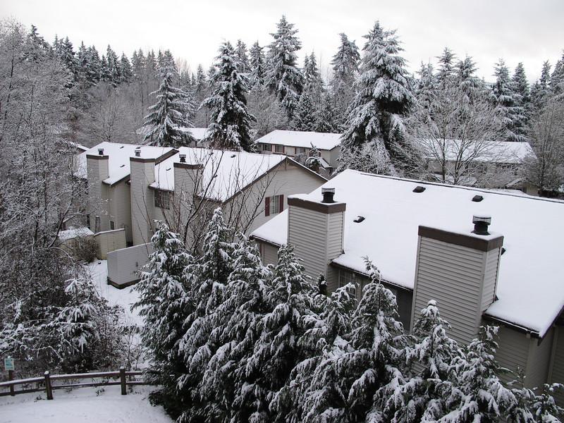 View from our balcony. Compare with the next photo, taken a day later.<br /> <br /> Widok z naszego balkonu. Porownajcie ze nastepnym zdjeciem, ktore bylo zrobione dzien pozniej.