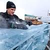 Winterfest Ice Carver (Sy Stepanov)