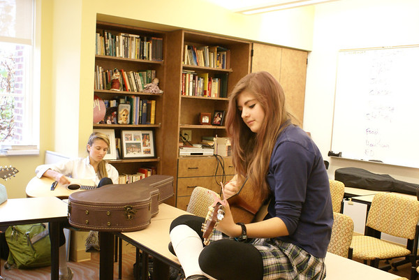 On Campus: Songwriting for the Guitar