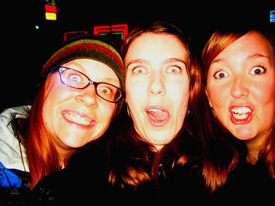 <b>Dec. '06: My Wisco Girls</b>