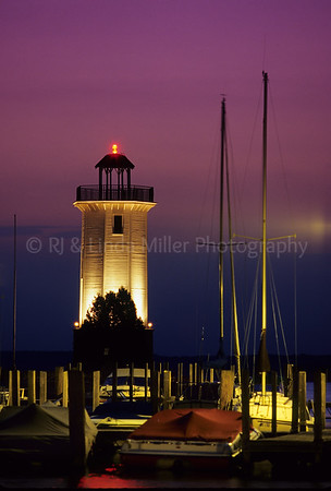 WI033024 Fond du lac - Lighthouse - Lakeside Park