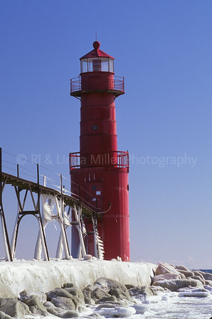 Kewaunee County, Algoma Pierhead Light