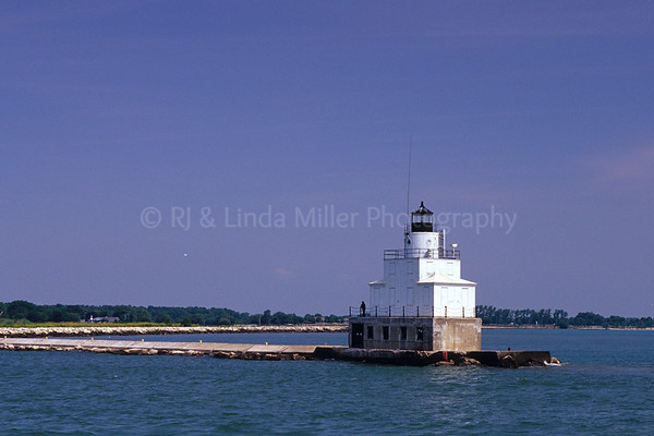 WI048633 Manitowoc - Pierhead Light