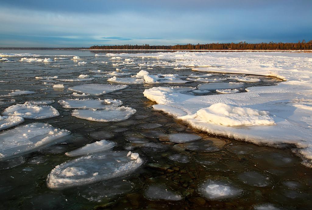 Winter's Warmth - Spiked Horn Bay (Door County - Wisconsin)