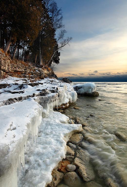 Winter's Grip - Cave Point County Park (Door County - Wisconsin)