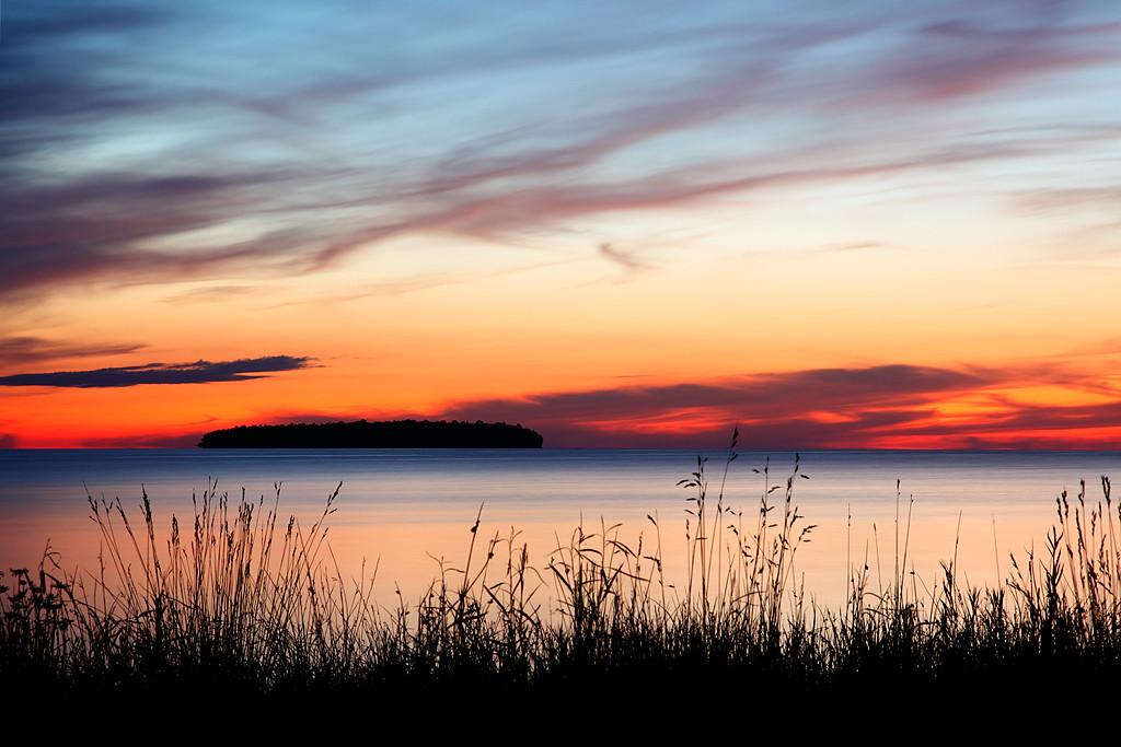 Tracing Light - Horseshoe Island (Ephraim, WI)
