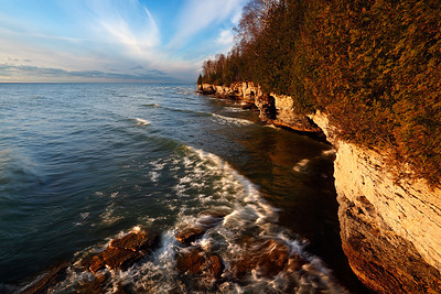 Sunrise Surf - Cave Point County Park (Door County - Wisconsin)