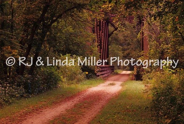 LX001459 Lax - Gr  River St  Trail