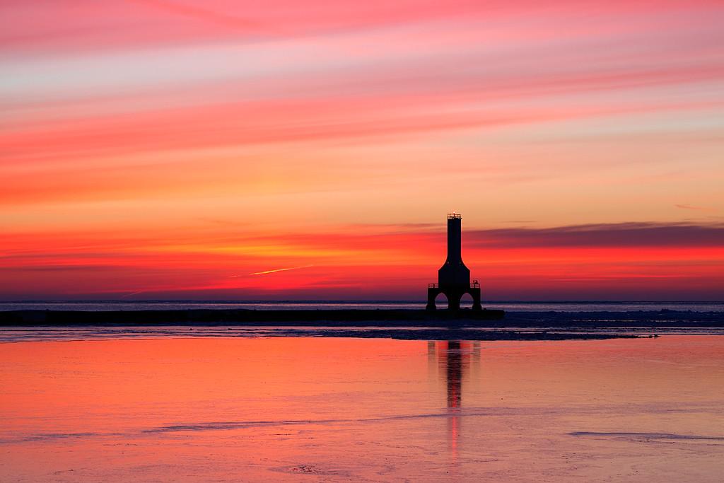 Launching Light - Port Washington Pierhead Lighthouse (Port Washington, WI)