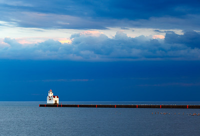 Peeking Light - Kewaunee Pierhead Lighthouse (Kewaunee, WI)