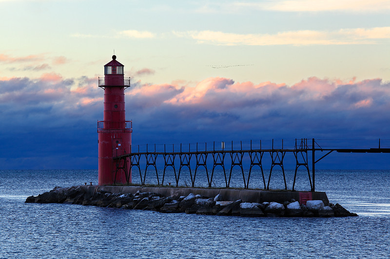 Migrating Light - Algoma Pierhead Lighthouse (Algoma, WI)