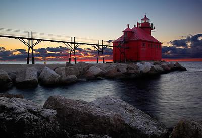 Lying Low Light - Sturgeon Bay Ship Canal Pierhead Light (Door County - Wisconsin)