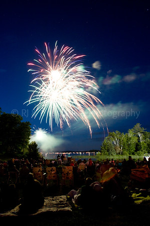 Cable Wisconsin, Lakewoods Resort July 4th Fireworks