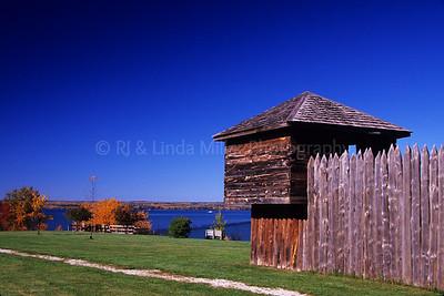 WI048403-01 Ashland - Fort Radisson