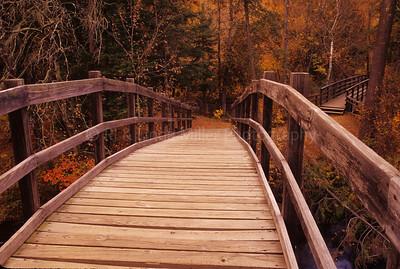 WI046922 Marinette - McClintock Bridge