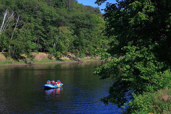 41435 Marinette County, WI - Rafting on Menomonie
