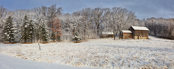 Washy Red....White & Blue Panoramic - Wisconsin Barn (Erin, Wisconsin)