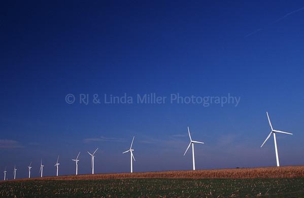WI049108 Iowa - Windmill Farm