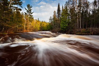 Splurging Spring - Mays Ledges (Brule River - Brule River State Forest)