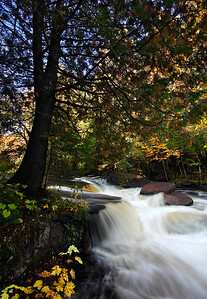 Under Cover - Evergreen Falls (Menominee County - Wisconsin)