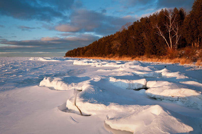 WI 093                          Sunset light on the winter shoreline of Peninsula State Park in Door County, Wisconsin.