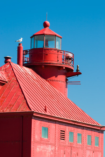 A gull rests on top of the Sturgeon Bay Pierhead light. Sturgeon Bay, WI<br /> <br /> WI-080901-0154
