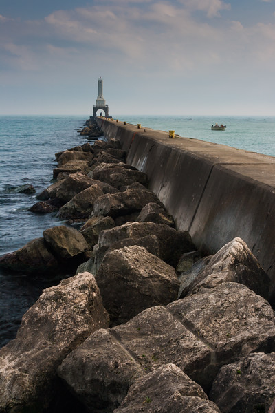 Port Washington breakwater and Lighthouse. Port Washington, WI<br /> <br /> WI-080924-0002