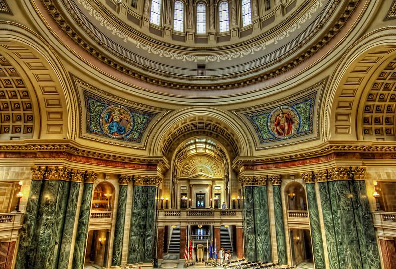 Capital rotunda, Madison Wisconsin.