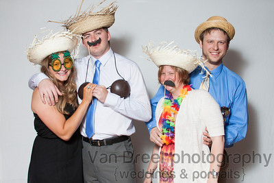 Wedding_Photo_Booth-April_and_Jered-027